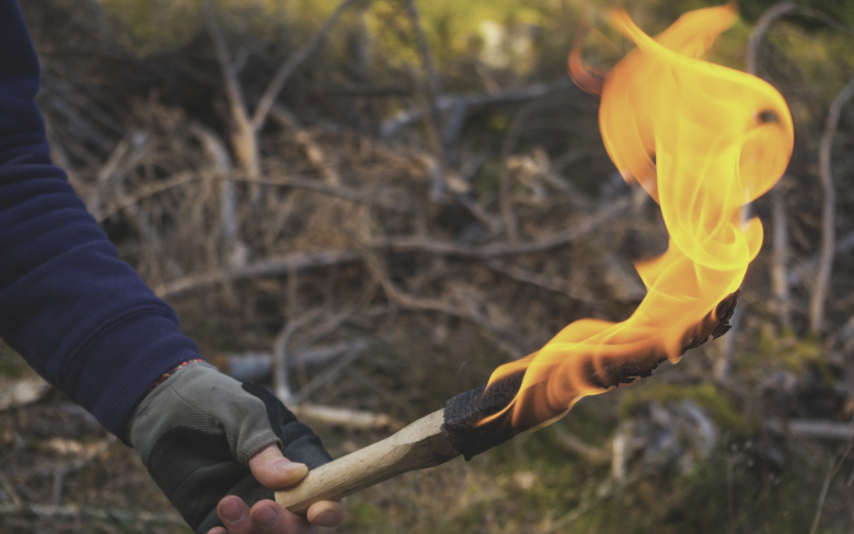 How To Make A Torch - The Primitive Torch