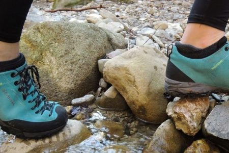 Hiking Boots For Flat Feet - Survival Footwear - The Skilled Survivor